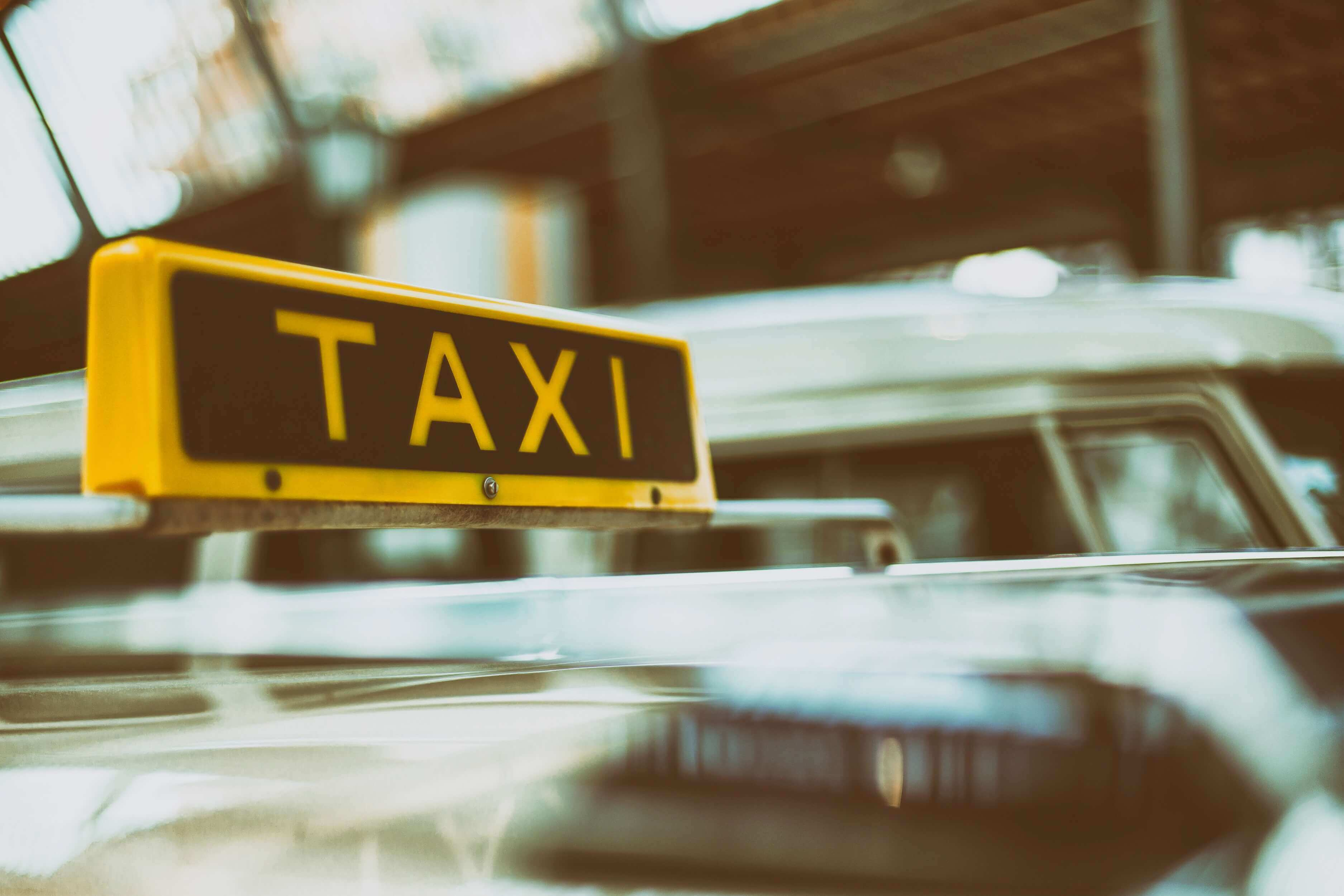 How To Build an App Like Ola? Tips from Taxi App Developers