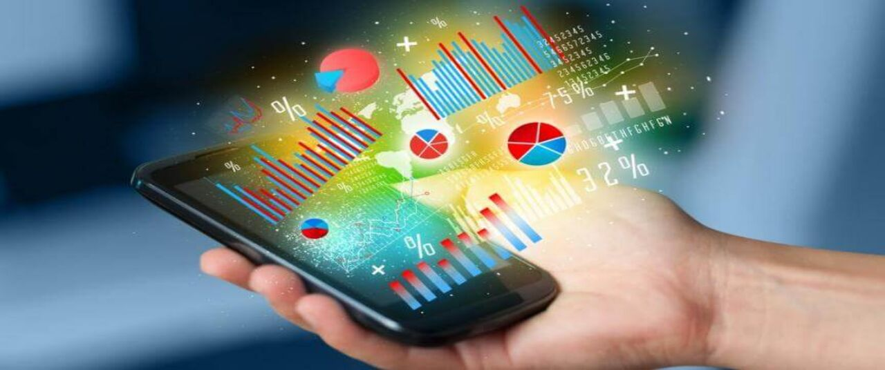 How to set up a mobile friendly business: choosing a website, an app, or both